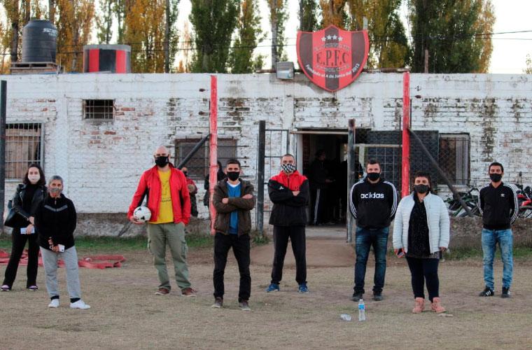 Donación de Pelotas - Club El Porvenir